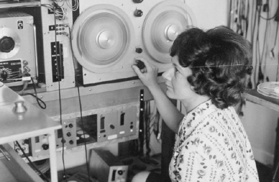 7 VISIONARY WOMEN WHO PAVED THE WAY FOR ELECTRONIC MUSIC PART 3